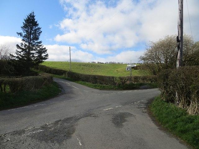 Crossroads, Pen-y-Wern