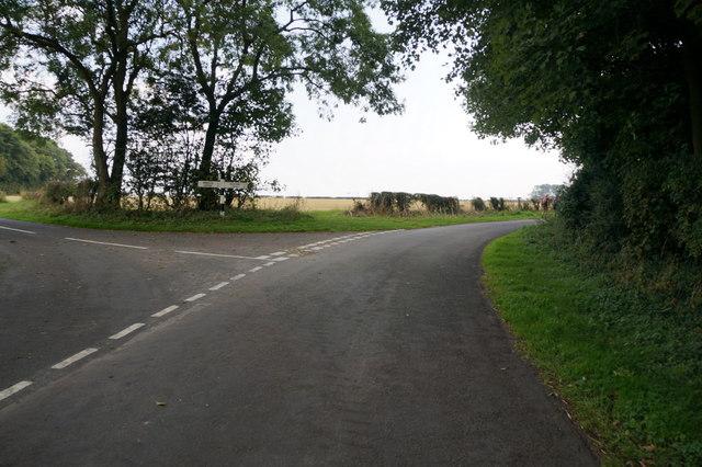 Road junction at Clickem Wood