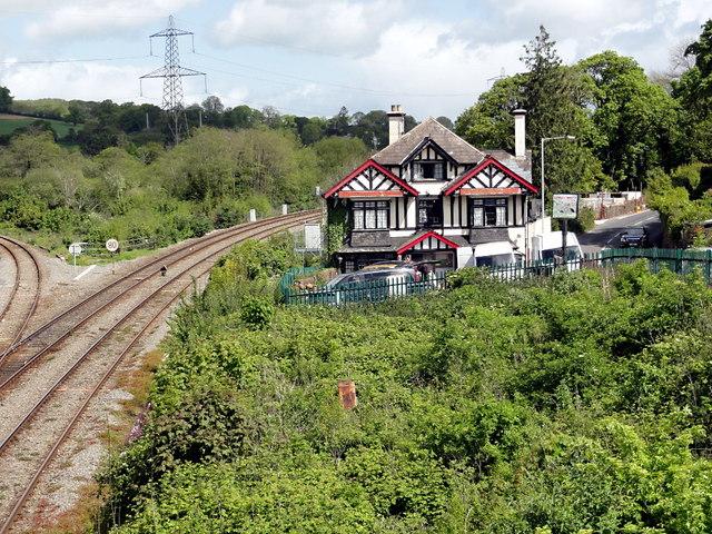 The Cowley Bridge Inn and Rail Junction