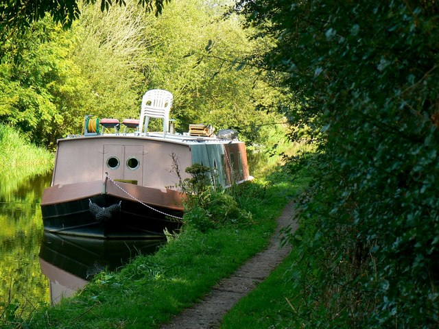 Barge, Kennet and Avon Canal, east of Heathy Close, Wiltshire
