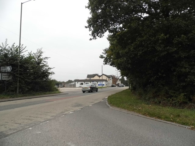 Wildhill Road at the A1000 junction