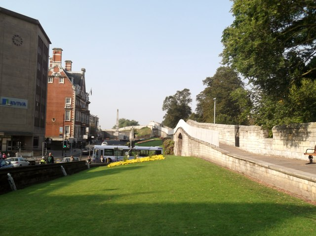 The Wall, Station Road, York