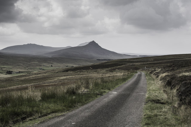 The road to Braemore