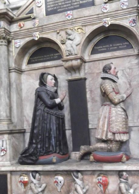 Praying figures, York Minster