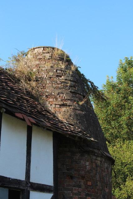 Oast House at Old Sandlin Farm, Sandlin