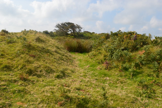 Tumulus at Castle-an-Dinas