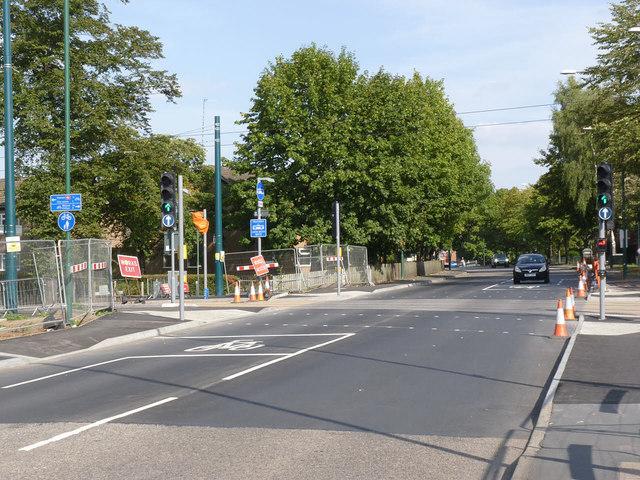 Robin Hood Way tramway crossing