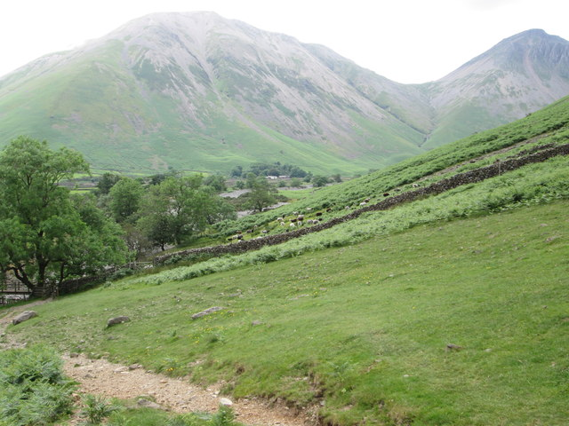 Path leading up Lingmell