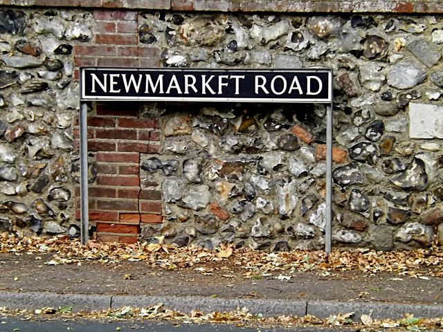 Newmarket Road sign