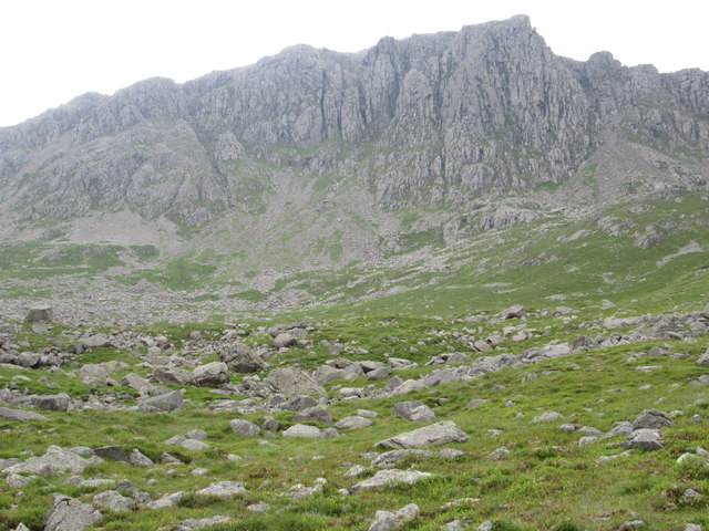 No way up there – Pikes Crag above Hollow Stones