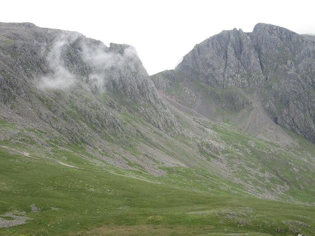 Cloud drifting across Pikes Crag