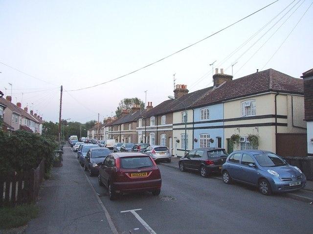 Walnut Tree Avenue, Dartford