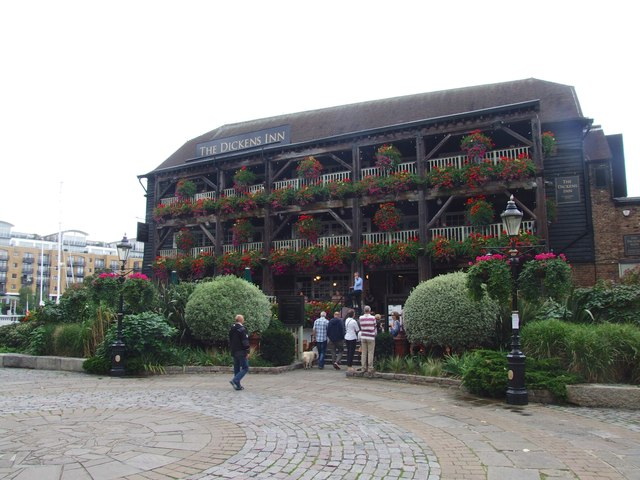 The Dickens Inn, St. Katherine Dock