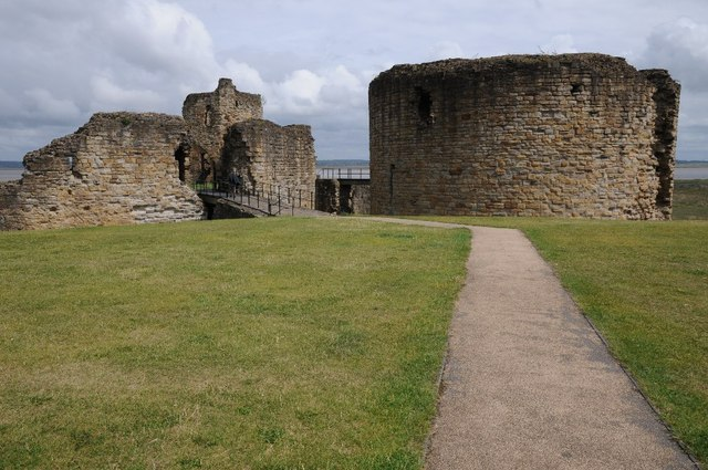 Gatehouse and Great Tower, Flint Castle