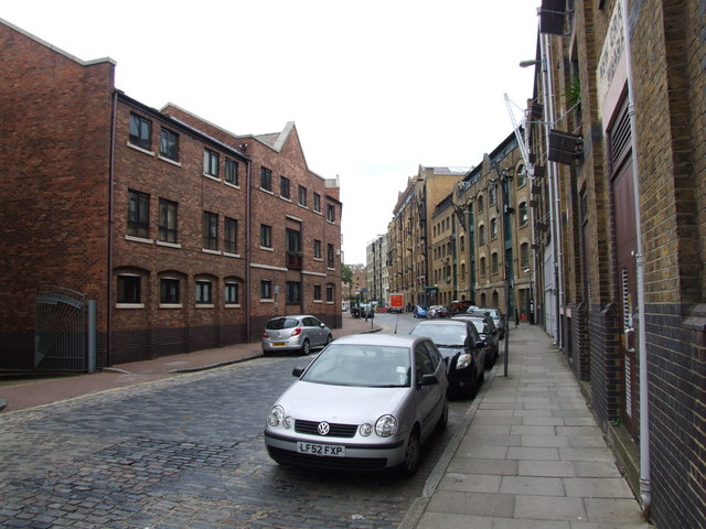 Wapping Wall, Wapping