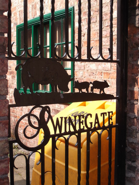 Gate, Swinegate, York