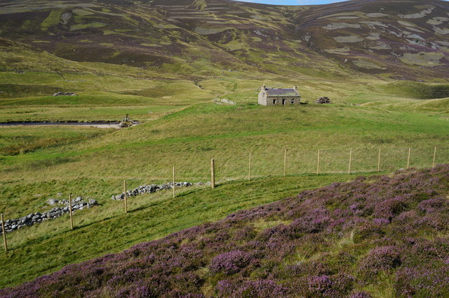 Newbigging house, Glen Clunie