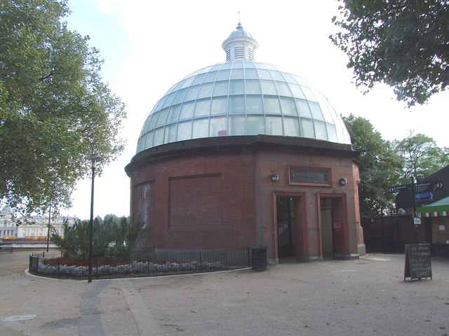 Northern entrance to Greenwich Foot Tunnel