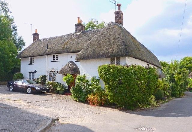 Thatched Cottage on Coxstone Lane, Ringwood