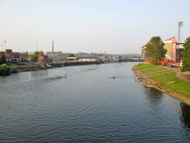 Canoeists and scullers near Trent Bridge