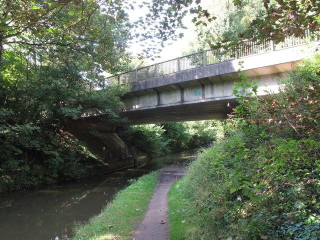 Bridge 135, Grand Union Canal