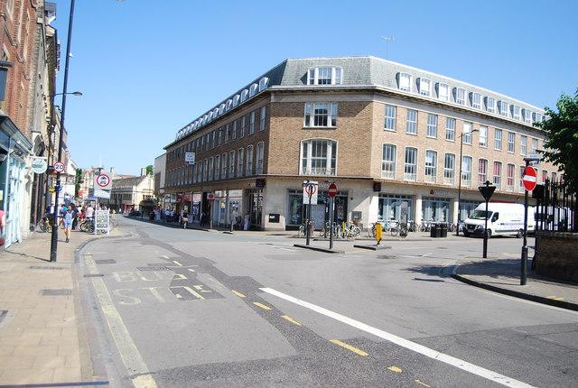 St Andrew's St