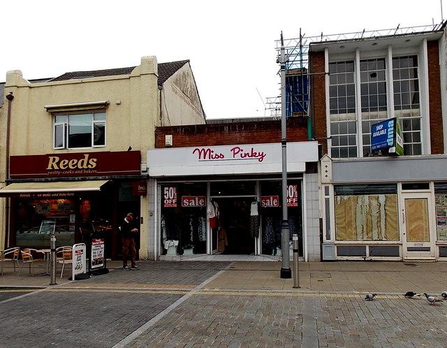Miss Pinky, Swansea