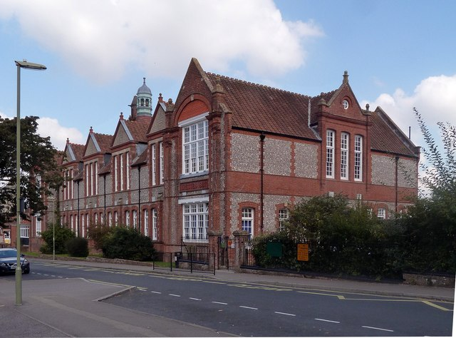 Fairfields Primary School, Basingstoke