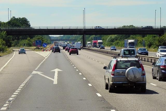 Westbound M3, Bridge at Junction 4a