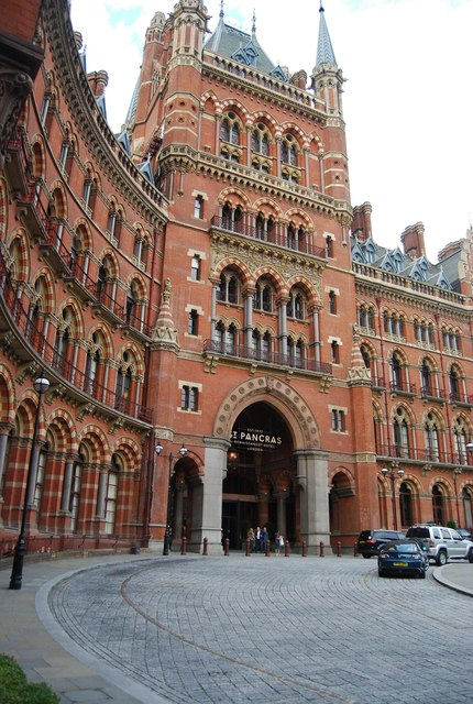 Front of St Pancras Station