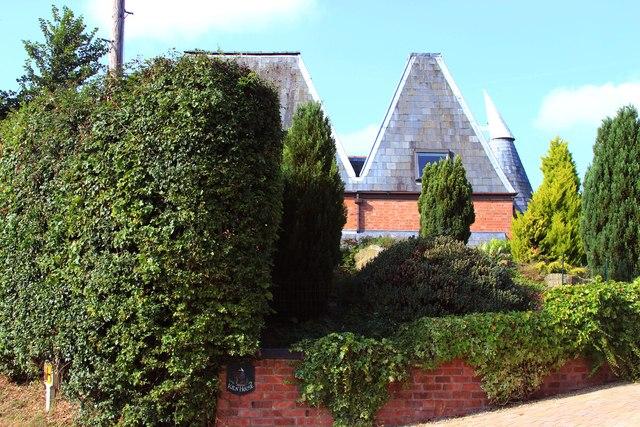 Kiln House, Dingle Road, Leigh