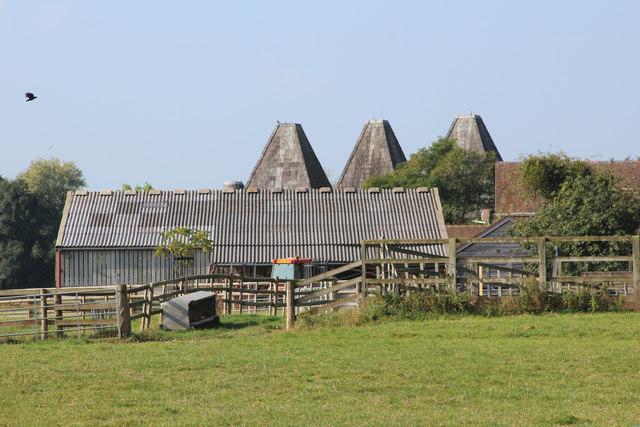 The Oast Houses, Leigh