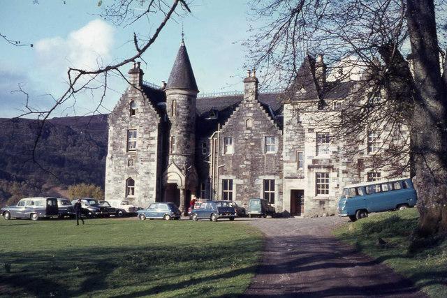 Loch Tummel - Scottish Youth Hostel Association hostel
