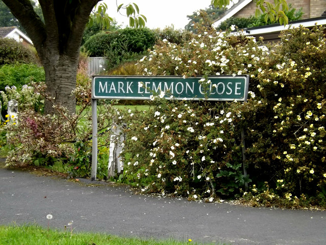 Mark Lemmon Close sign