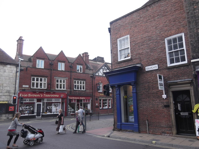 Gillygate meets Bootham, York
