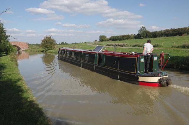 Approaching bridge 79, Oxford Canal