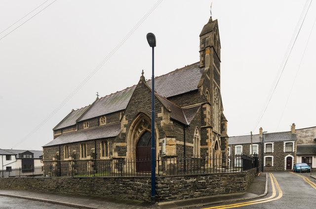 Eglwys y Santes Fair/St Mary's Church