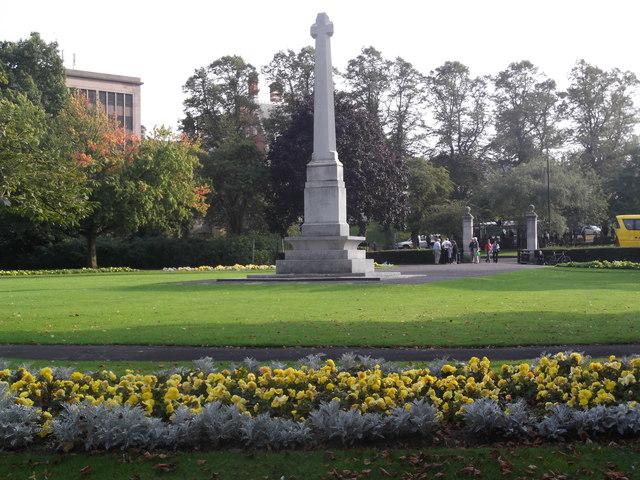 City War Memorial, War Memorial Gardens, Leeman Road, York