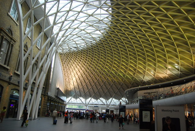 Yellow lighting, King's Cross Station