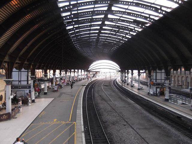 Platform 3 looking north, York Railway Station