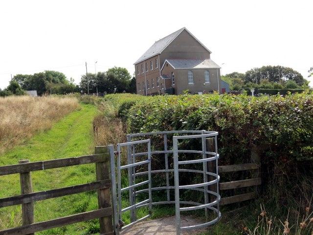 Llwybr Capel Bethesda Chapel Path