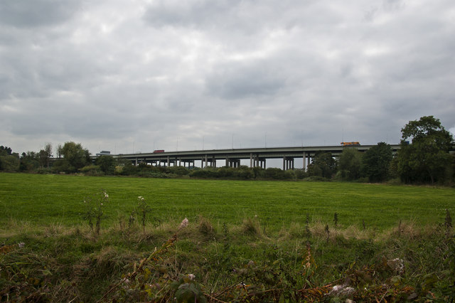 The Thelwall viaduct from Statham Lane