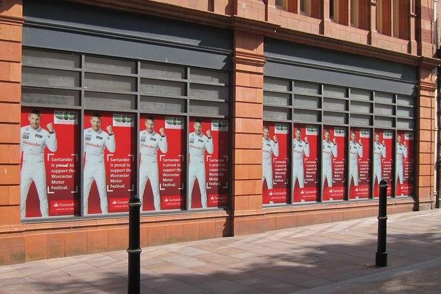 Santander advertising, High Street