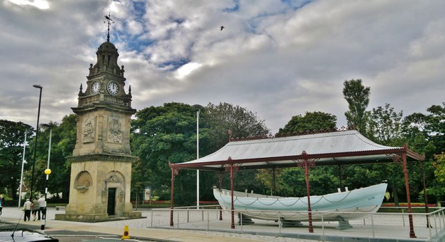 Jubilee Memorial and Lifeboat, South Shields