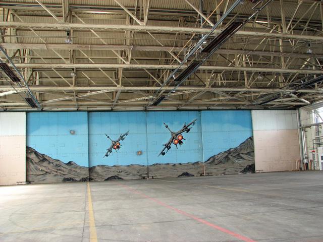 Mural in hangar 1