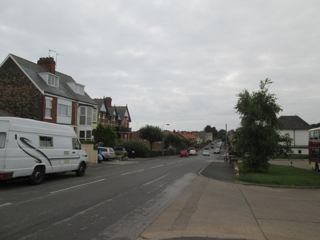 Cliff  Road  towards  Hornsea  town  centre