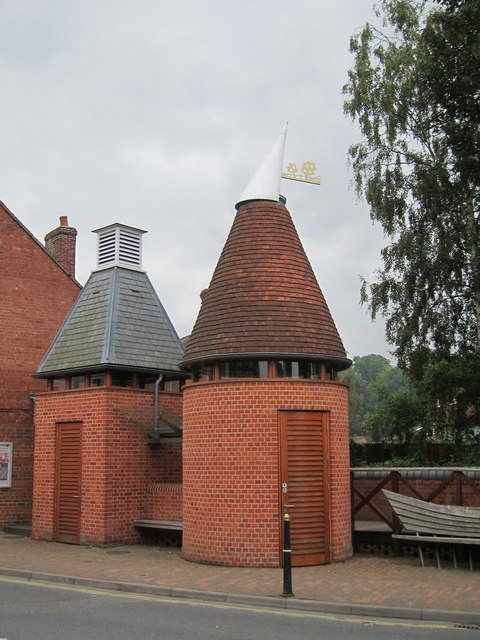 Tenbury Wells 'Oast House' Toilets