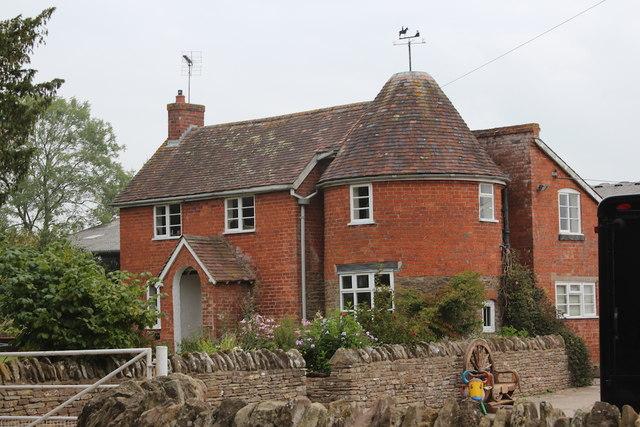 Oast House at Pound Farm, Edwyn Ralph