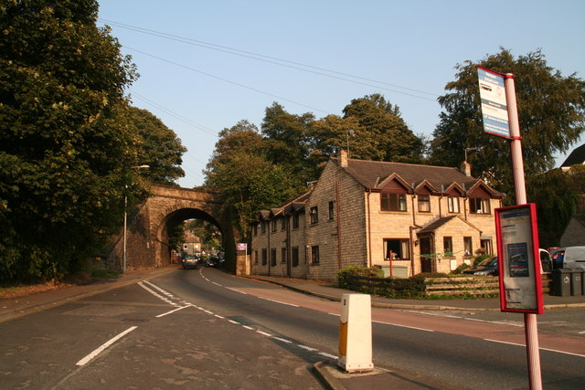 Bridge Street and bridge, Berry Brow, from junction with School Lane