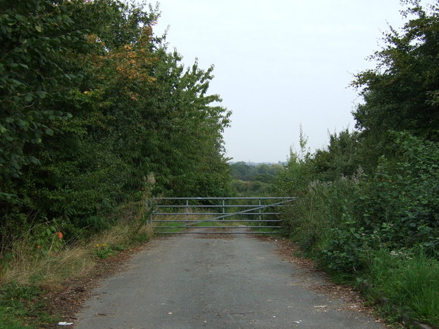 Gated track off Water Lane